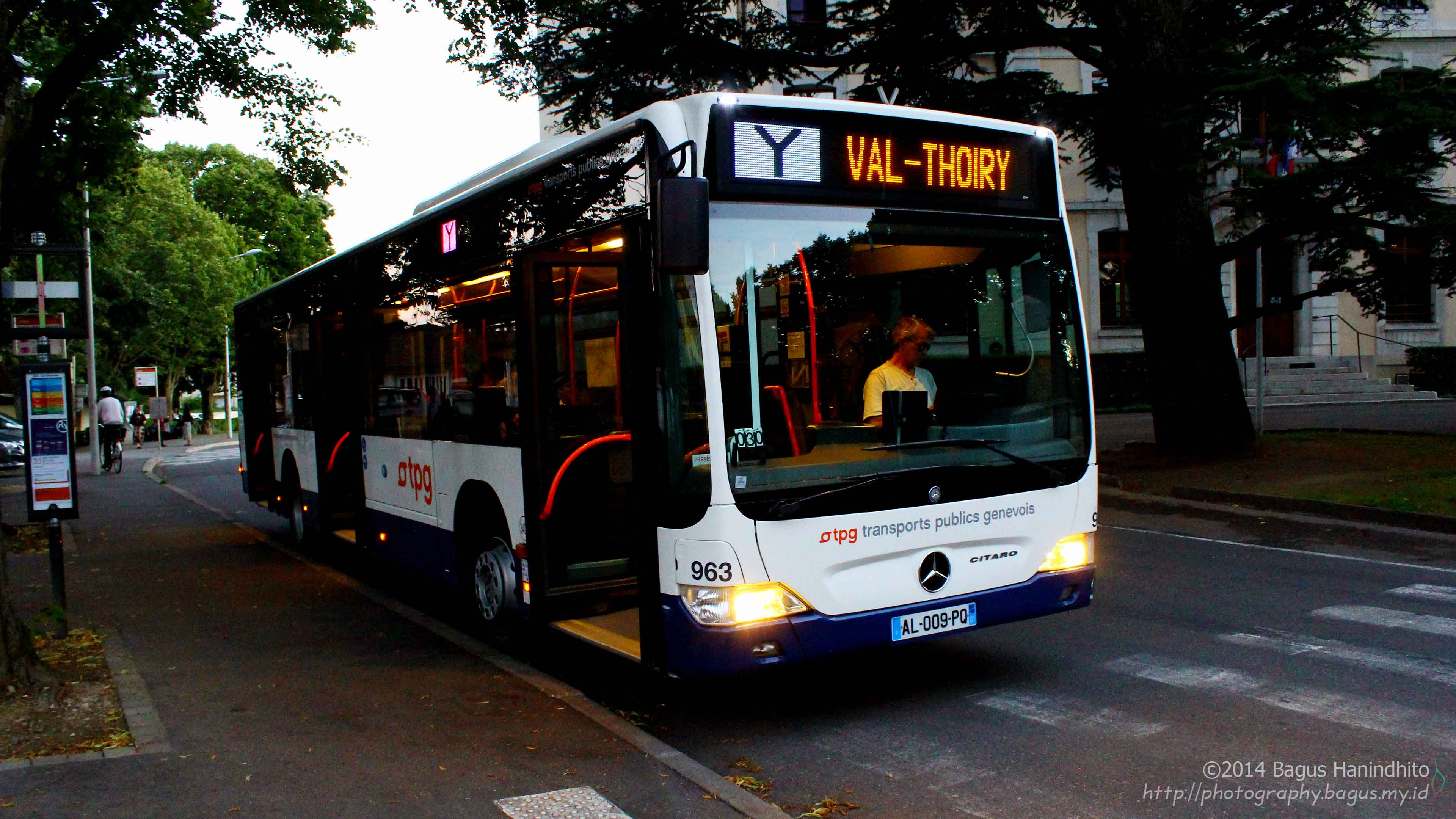 Bus Y, operated by TPG, connects Val-Thoiry – Geneva Airport – Ferney-Voltaire. It pass in front of CERN Meyrin Site.